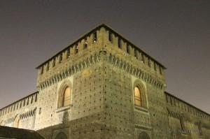 Castello Sforzesco di notte.