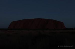 Dopo il tramonto, le stelle su Uluru