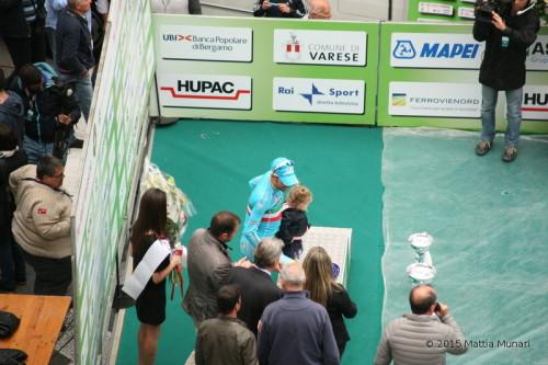 Vincenzo Nibali e la bimba