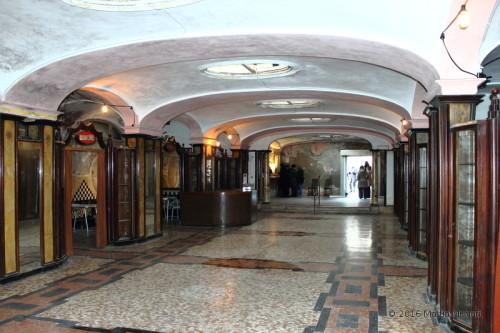 Atrio dell'albergo diurno venezia