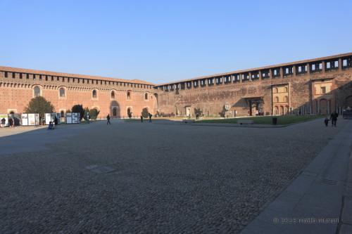 Piazza d'armi del castello sforzesco, Milano