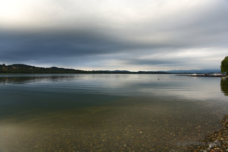 Il lago di Varese dalla Schiranna